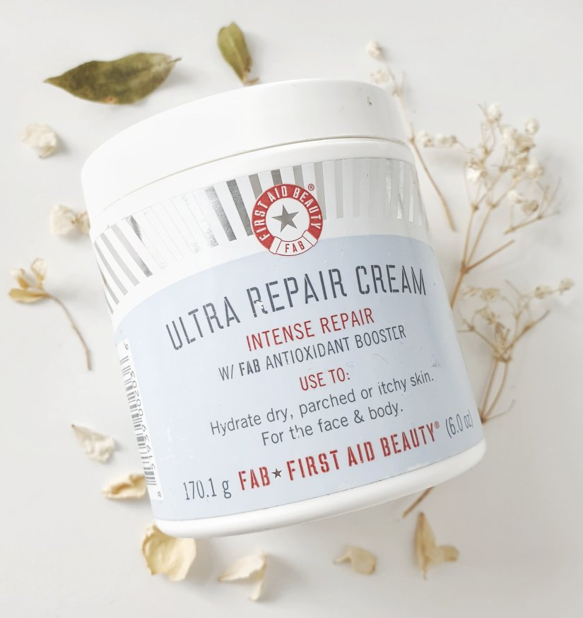 "「First Aid Beauty Ultra Repair Cream intense repair」的圖片搜尋結果"""
